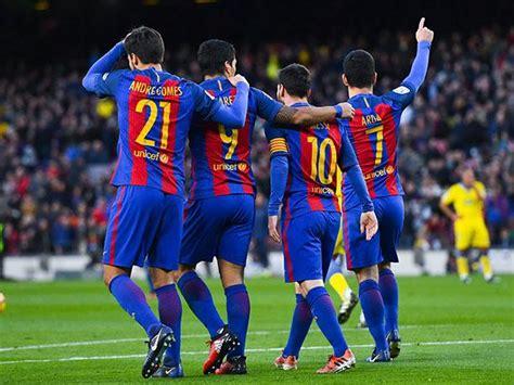 West Ham 3-0 Crystal Palace, Barcelona 5-0 Las Palmas: clockwatch – as it happened! | Football | The Guardian