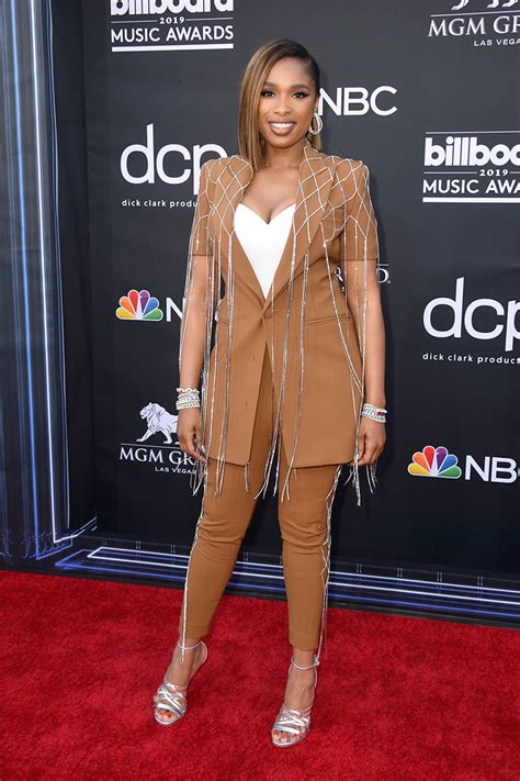 The best looks from the Billboard Music Awards 2019 red ...