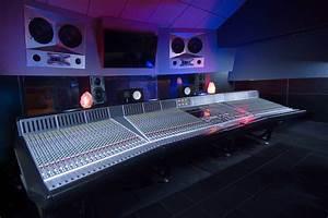 The One Studio : music studios in la record at historic 17 hertz ~ Markanthonyermac.com Haus und Dekorationen
