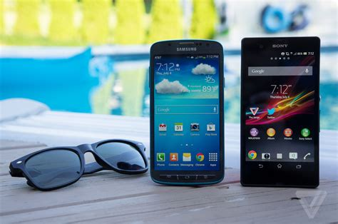 samsung waterproof phone battle of the waterproof phones samsung galaxy s4 active