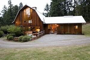 11 amazing old barns turned into beautiful homes for Barns made into homes