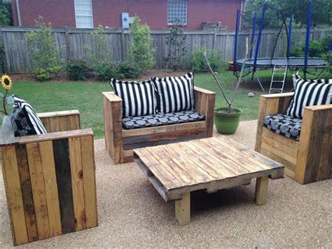 diy wood pallet patio furniture set pallet furniture plans