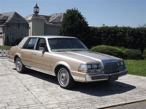 how to sell used cars 1985 lincoln continental navigation system 1985 lincoln continental overview cargurus