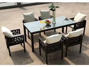 Table D Extérieur : une table de jardin design et color e le blog de vente ~ Teatrodelosmanantiales.com Idées de Décoration