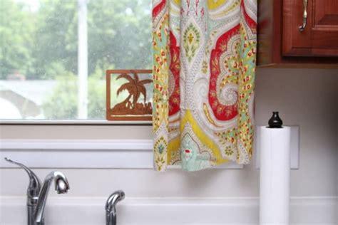 diy kitchen curtains    pretty fabric shower curtain