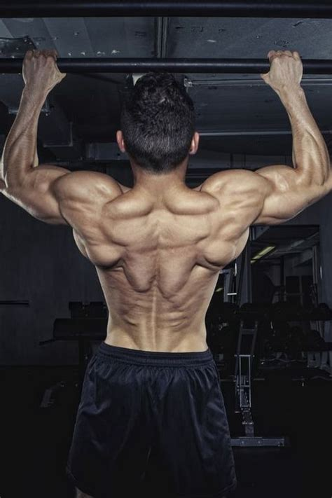 How to Build a Strong Back - 5 Moves to Strengthen Back ...