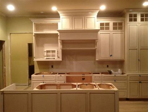 favorite kitchen paint colors popular paint colors for kitchen in simple shades 7187