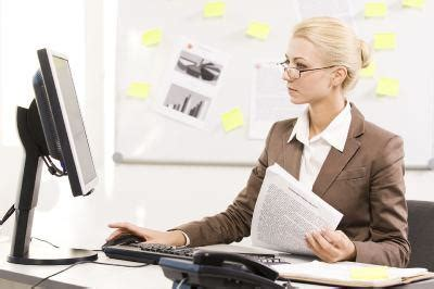 top  qualities   great administrative assistant