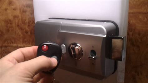 remote does not unlock or lock doors but door switches do wd 800r invisible remote controlled door lock ways to