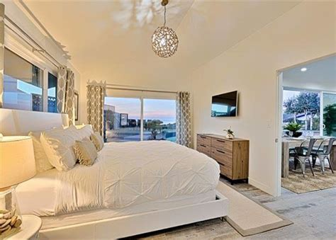 Vacation Home Decor: La Jolla Luxury Vacation Home