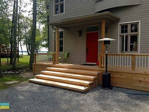 2 Level Cedar Deck at a Cottage - M E Contracting