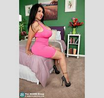 Latina Milf Jaylene Rio Playing With Her Big Boobs Pichunter
