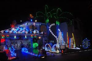 Top Spots To See Christmas Decorations « CBS Miami