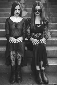 Gothic Witch Costume Inspiration (Miss Ivy - Larissa ...