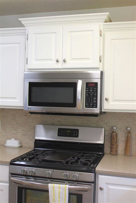 Crown Moulding Ideas For Kitchen Cabinets - the 25 best crown moulding kitchen cabinets ideas on pinterest crown kitchen paint cheap