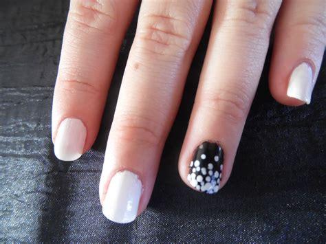 deco nail simple les nail de petits points le beaut 233 de julie