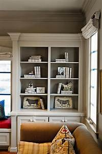 Molding, On, The, Bookshelves, With, Contrasting, Color, Painted, Inside