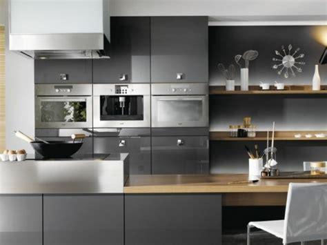 modele cuisine grise photo cuisine grise et bois maison design bahbe com