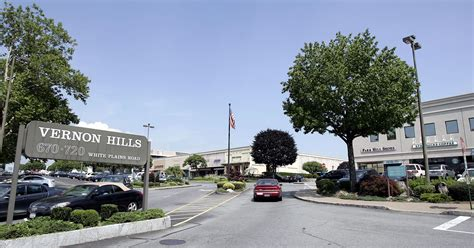 Vernon Barnes And Noble by Serving Barnes Noble Coming To Eastchester
