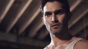 Tyler Hoechlin GIF - Find & Share on GIPHY