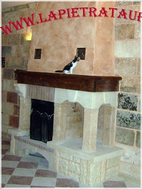 rivestimenti camini rustici in pietra rivestimenti in marmo per camini rustici pietra leccese