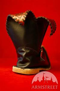 renaissance handmade leather boots