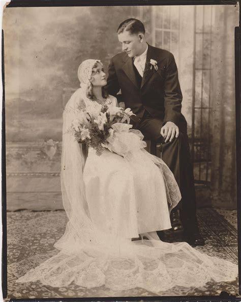 Vintage Wedding Pics That Make Us Nostalgic For Old. Tiffany Soleste Rings. Elaborate Engagement Rings. Ravi Name Engagement Rings. King Rings. Iridescent Engagement Rings. Raised Rings. Diamond Double Square Frame Wedding Rings. Illusion Wedding Rings