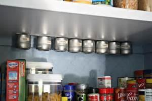 Boite à épices : 1001 id es tag re pices pimentez la d co de votre cuisine ~ Teatrodelosmanantiales.com Idées de Décoration