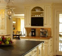 renovate kitchen cabinets butter glazed kitchen cabinets maple glazed 4715