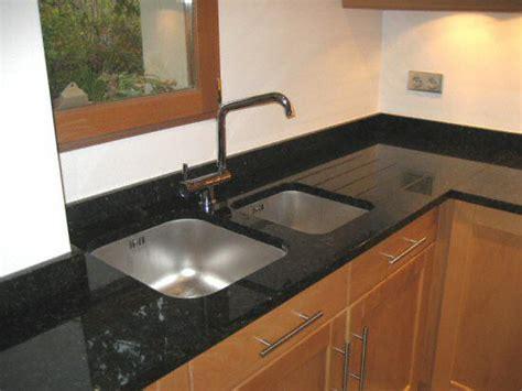 protege evier cuisine davaus evier de cuisine en granite blanc avec des