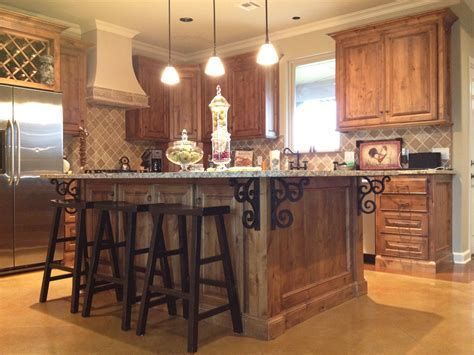 Exemplary Modern Kitchen Design With Kitchen Island