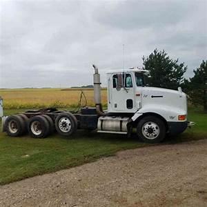 International 9200  1994    Daycab Semi Trucks