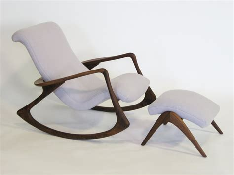 chaise design a bascule contour rocking chair and ottoman by vladimir kagan at 1stdibs