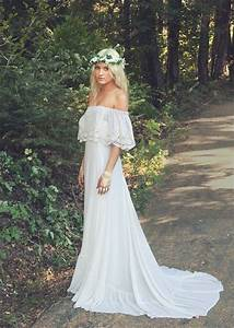 18 beautiful bohemian wedding dresses top wedding websites for Wedding dresses websites