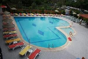 Bache Piscine Sur Mesure : bache piscine sur mesure archives baches piscinesbaches ~ Dailycaller-alerts.com Idées de Décoration