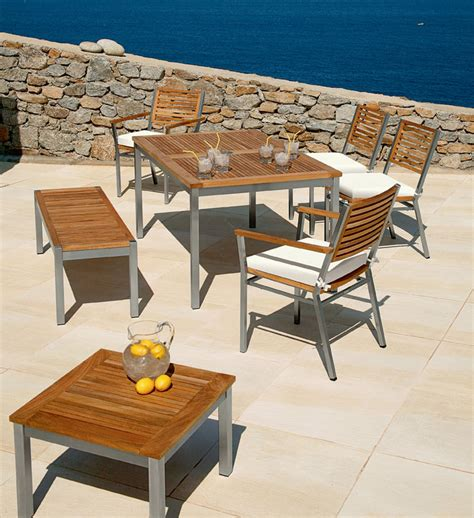 stylish and outdoor furniture by barlow tyrie