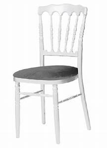 Chaise Blanche Et Grise : location de mobilier location de chaises i sur un plateau ~ Teatrodelosmanantiales.com Idées de Décoration