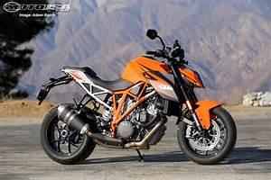 Ktm Super Duke R : 2016 ktm 1290 super duke r motorcycle usa ~ Medecine-chirurgie-esthetiques.com Avis de Voitures