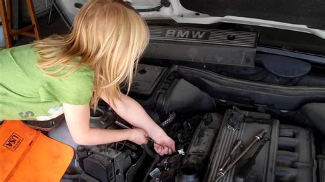 5 Series Bmw Tune Up 2.5i... By A Seven Year Old Girl