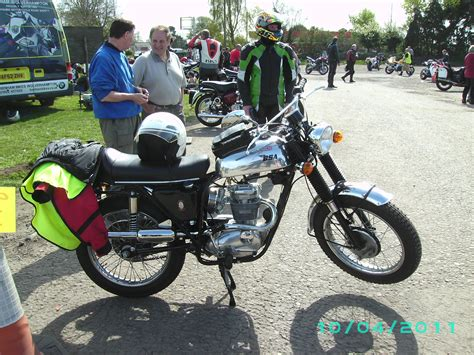 gap   market   classic smaller cc triumph