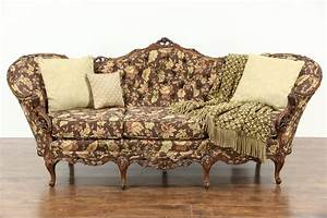 Sofa Retro : sold carved 1940 39 s vintage sofa pierced swag rose ~ Pilothousefishingboats.com Haus und Dekorationen