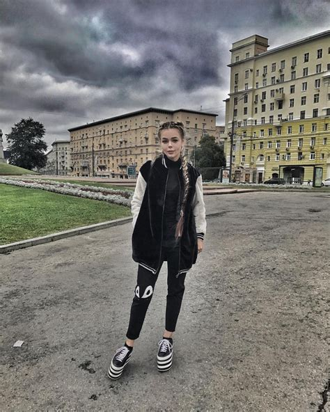 Алина гросу — лето 04:27. Алина Гросу выступила в российской программе Дом 2 ...