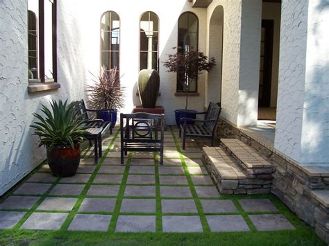 entryways steps  courtyard fargo  photo gallery