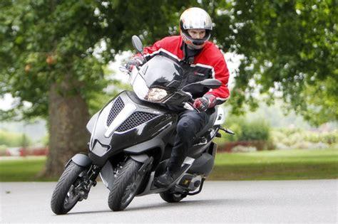 piaggio mp3 300 piaggio mp3 lt 300 yourban 2011 on motorcycle review mcn