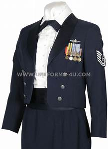 Fashion trends: Us air force mess dress