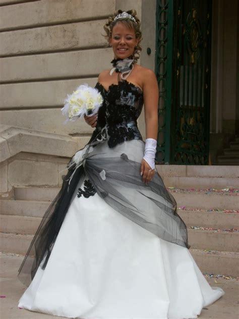 robe de mariage noir et blanche robe de mari 233 e et blanche mariage forum vie pratique