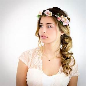 Couronne Fleur Cheveux Mariage : image of appoline couronne de fleurs cheveux mariage p che rose et ivoire garden tea ~ Melissatoandfro.com Idées de Décoration