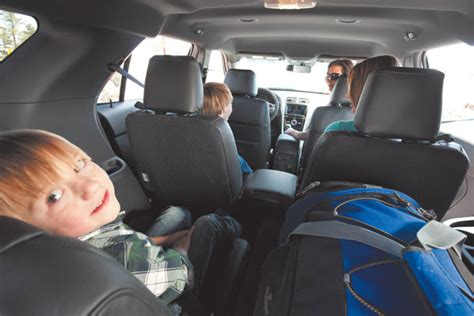 games  play   car   familys holiday road