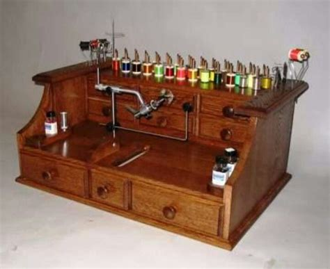 fly tying desk setup fly tying bench fly tying furniture rooms pinterest
