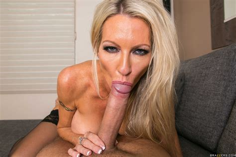 Slender Blonde With Big Tits Sucks Cock Photos Emma Starr Milf Fox